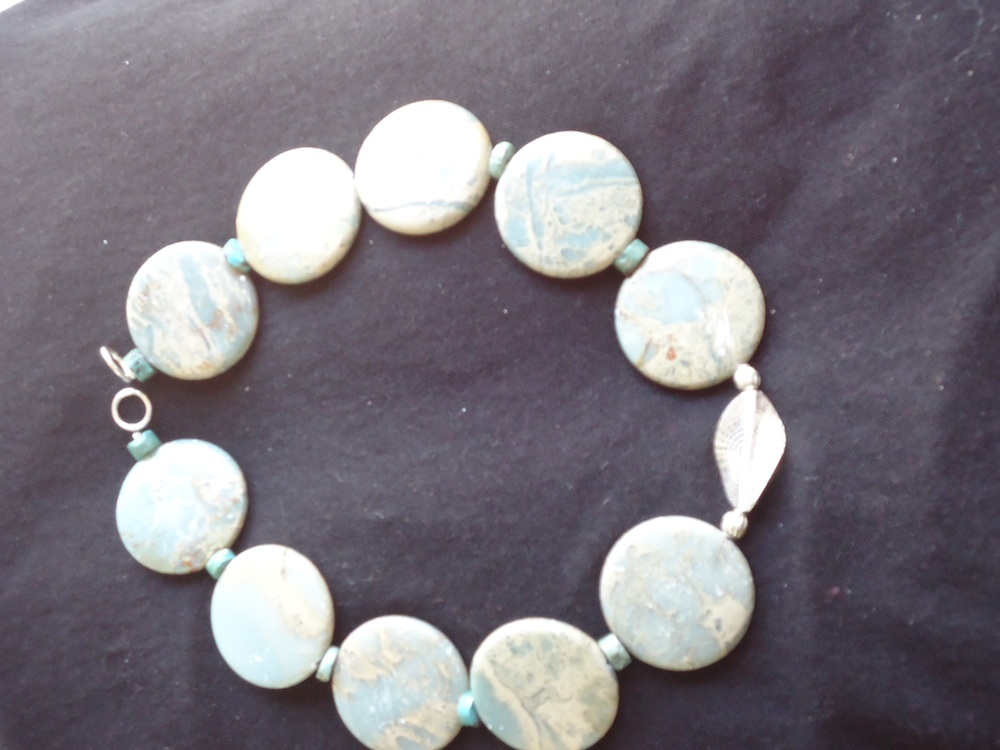 COLLIER HAOULITE